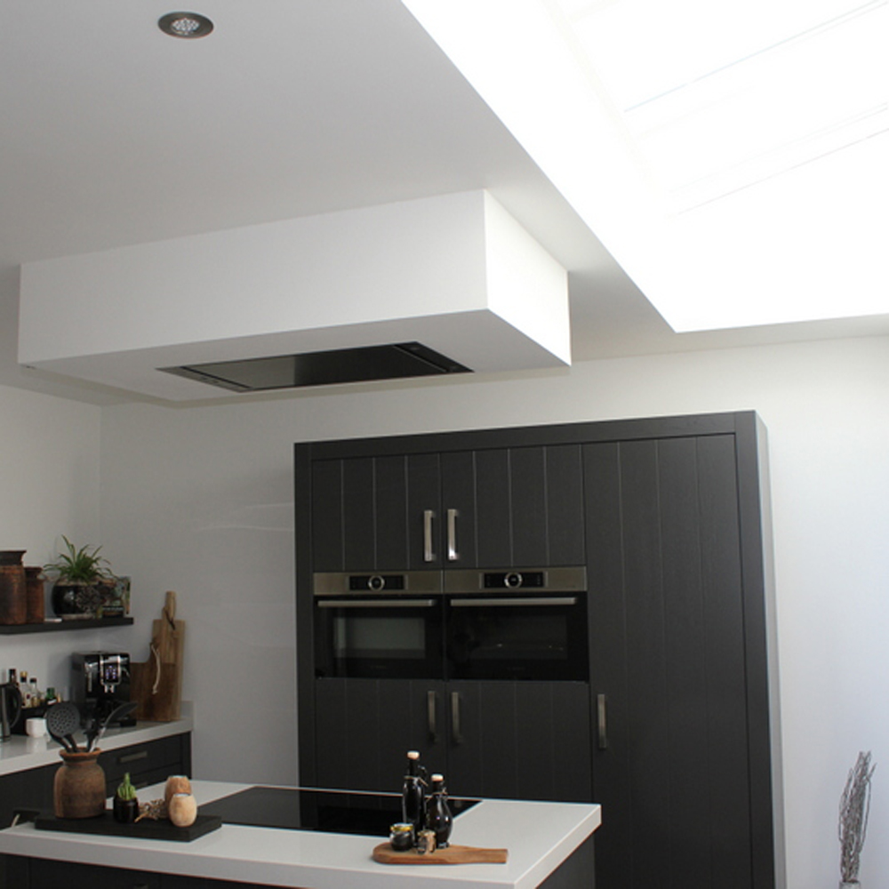 verbouwing met nieuwe keuken en lichtstraat